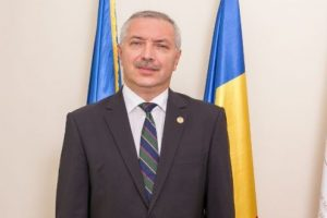 exclusiv!-rectorul-umfst-targu-mures-propune-un-program-de-informatica-in-limba-maghiara