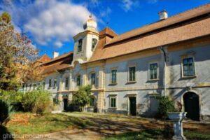 castelul-rakoczi-bornemisza,-important-ansamblu-al-arhitecturii-laice-transilvane,-ar-putea-intra-in-circuitul-turistic-din-2020
