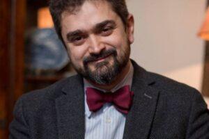 teodor-paleologu-si-a-depus-la-biroul-electoral-central-candidatura-pentru-alegerile-prezidentiale