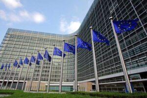 comisia de transporturi din parlamentul european urmeaza sa voteze astazi un pachet legislativ care a provocat proteste ample in europa de est