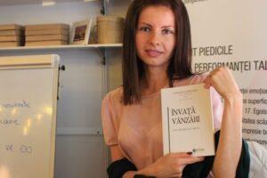 """bookfest:-targumureseanca-loredana-egri-si-a-lansat-cartea-""""invata-vanzari-din-greselile-mele"""""""