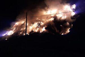 incendiu-la-groapa-de-gunoi-din-sighisoara,-pe-o-suprafata-de-aproximativ-300-de-metri-patrati