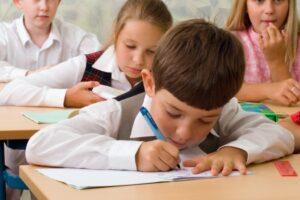 studiu elevii ar trebui sa inceapa cursurile dupa ora 9