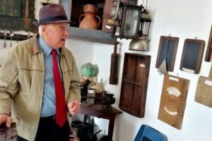 foto:-muzeul-din-batos,-poarta-spre-fascinanta-lume-a-traditiilor