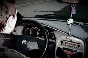 politia.-tanar-de-17-ani,-prins-la-volan-fara-permis!
