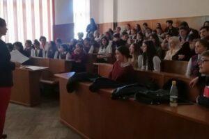 """centenarul-colegiului-national-""""alexandru-papiu-ilarian"""",-subiect-de-concurs"""