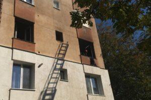 doua-persoane-intoxicate-cu-fum-si-alte-40-evacuate-in-urma-unui-incendiu-intr-un-apartament-din-tarnaveni