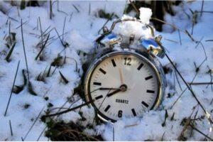 info.-trecem-la-ora-de-iarna-si-in-acest-an!