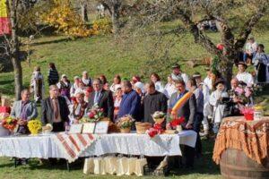rafila moldovan opt decenii de traditii pe valea idicelului