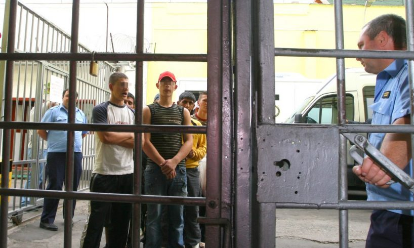 arestatii-preventivi-voteaza-prin-intermediul-urnei-speciale
