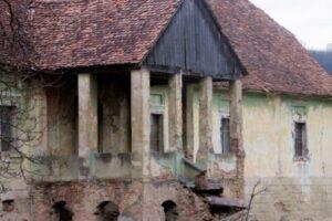 castel-din-mures-vandut-la-pretul-unui-tablou-de-tonitza!