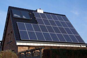sute-de-mureseni-si-au-depus-dosarele-pentru-instalarea-de-panouri-fotovoltaice