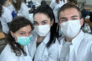 un-singur-post-si-86-de-locuri-disponibile-pentru-absolventii-facultatii-de-medicina-din-brasov-la-concursul-de-rezidentiat
