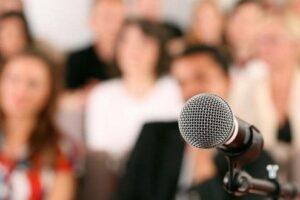 concurs-de-discursuri-pentru-elevi