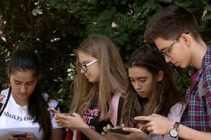 a-posti-nu-inseamna-doar-sa-ne-abtinem-de-la-mancare,-ci-si-de-la-retelele-de-socializare!?