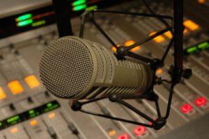 noi-voci-in-teatrul-radiofonic-romanesc