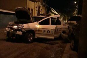 targu-mures:-un-echipaj-de-politie-care-urmarea-o-masina,-implicat-intr-un-accident