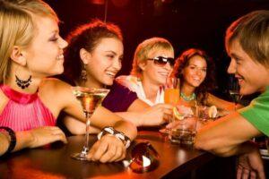institutiile-muresene-incearca-sa-stopeze-consumul-de-alcool-in-rindul-tinerilor