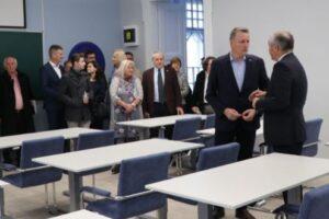 foto:-laboratoare-azomures-si-bosch-inaugurate-la-umfst-targu-mures