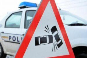 mures:-autospeciala-a-politiei,-implicata-intr-un-accident-rutier