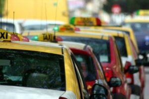 regulament-de-organizare-a-transportului-cu-taxi,-in-pregatire-la-reghin