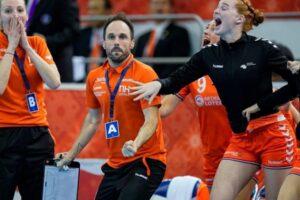 handbal-feminin-in-portocaliu