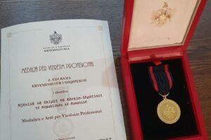 echipajul-romanesc-de-interventie-rapida,-medaliat-cu-aur-de-premierul-albaniei