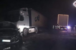 foto accident pe dn 15 in hadareni