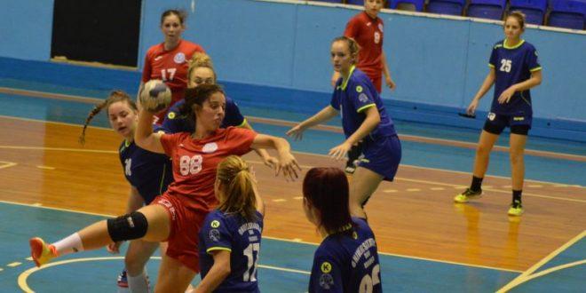 start-cu-o-dubla-pentru-handbaliste,-tripla-la-junioare