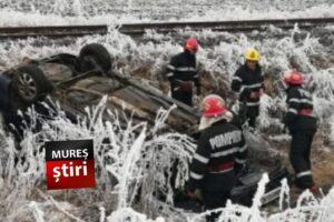azi accident spectaculos cu masina rasturnata pe dj151