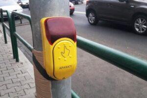 atentie!-semafor-cu-buton-la-trecerea-de-pietoni-din-fata-serviciului-de-evidenta-a-populatiei
