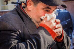 tot-mai-multi-romani-se-imbolnavesc-de-gripa