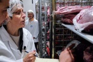 amenzi-de-peste-doua-milioane-de-lei-pentru-abateri-in-comercializarea-carnii-si-a-produselor-din-carne