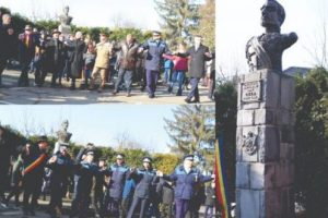 foto:-armistitiu-in-pasi-de-dans-la-bustul-lui-cuza.-lideri-pnl,-psd-si-alde,-hora-unirii-in-curtea-politiei