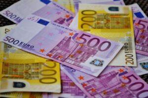 bani europeni pentru universitatile romanesti din regiunea centru