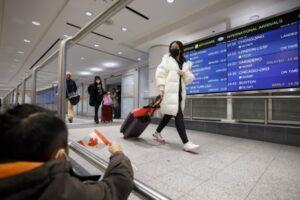 linie speciala de acces pe aeroporturi pentru pasagerii care vin din china