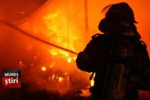 acum victima in stare grava ranita intr un incendiu in sancraiu de mures