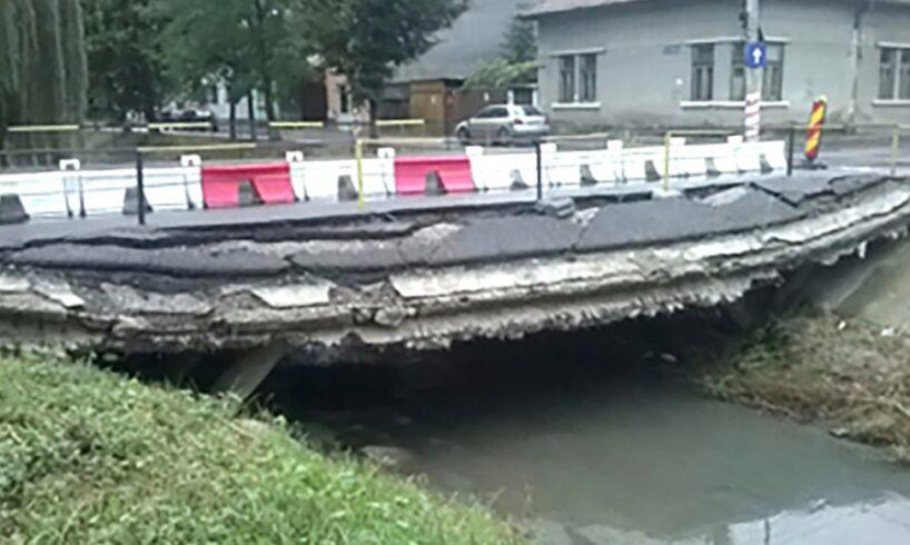 vreti pista de biciclete de a lungul canalului poclos