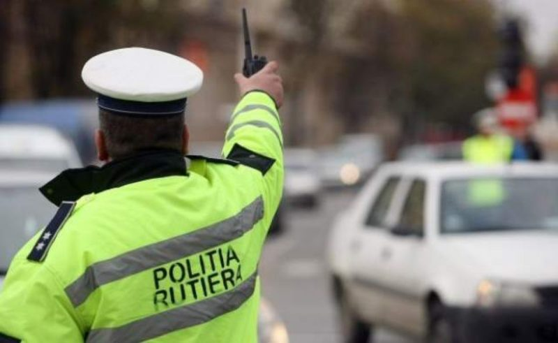 dosar penal pentru conducere cu permis fals