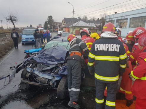 grav accident rutier drum blocat pe un sens
