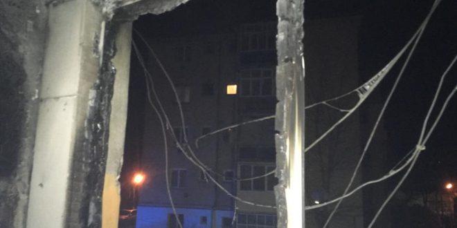 13 persoane intoxicate cu fum au ajuns la spital alte 21 evacuate dintr un bloc din tarnaveni