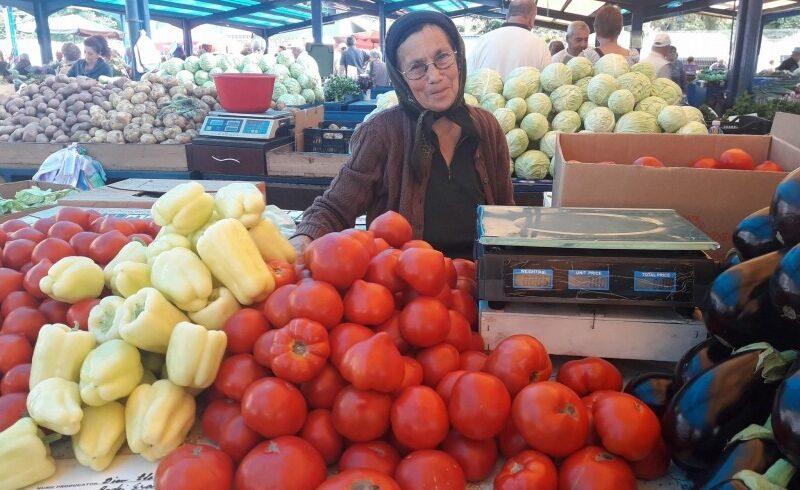 micii producatori nemultumiti de schimbarile din programul tomata
