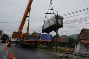 actiunea-truck&bus-=190-sanctiuni-contraventionale