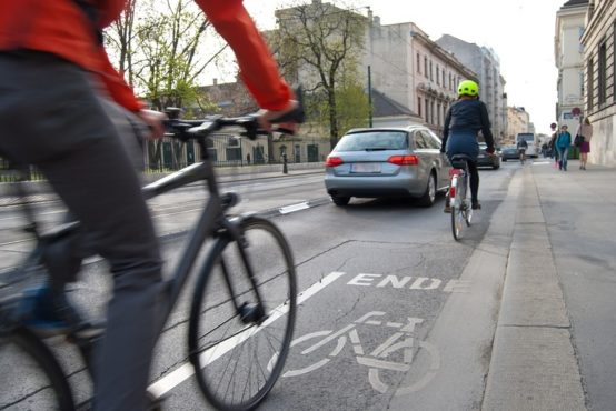 standard de constructie in codul rutier pentru facilitarea pistelor de biciclete si trotinete
