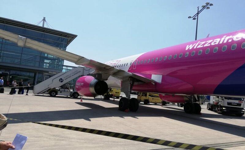 romanii blocati pe aeroportul din valencia vor fi adusi in tara