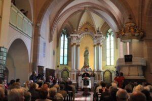legenda-cavalerilor-teutoni-si-comoara-ascunsa-in-biserica-saseasca-din-reghin