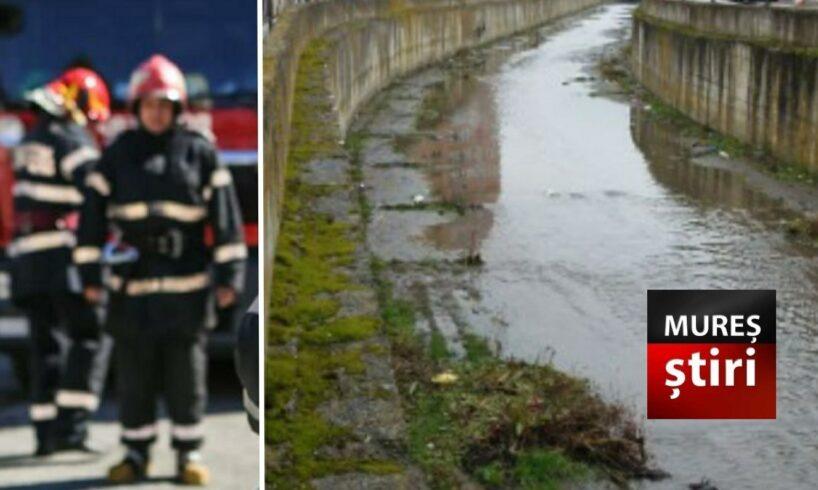 azi persoana cazuta in poclos extrasa de pompieri
