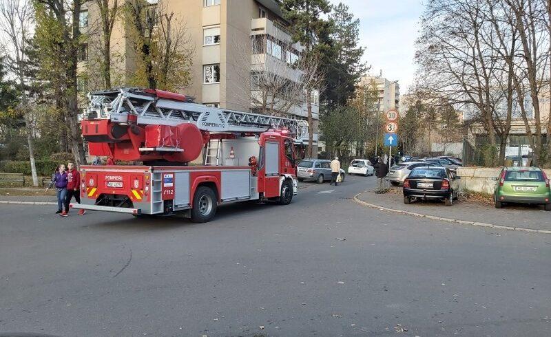 14 interventii ale pompierilor mureseni din cauza vantului