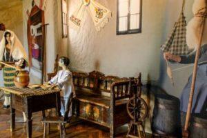 """muzeul-etnografic-""""anton-badea"""",-poarta-spre-cunoasterea-culturii-traditionale"""
