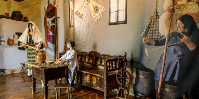 muzeul etnografic anton badea poarta spre cunoasterea culturii traditionale